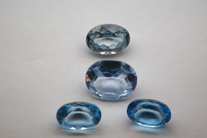 4 pcs Blau Topas - 33.42 ct