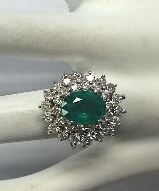 14 quilates Oro blanco - Anillo - 1.50 ct Esmeralda - Diamante