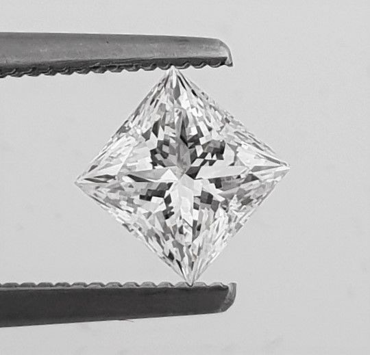Diamante - 1.01 ct - Principessa - F - VVS1