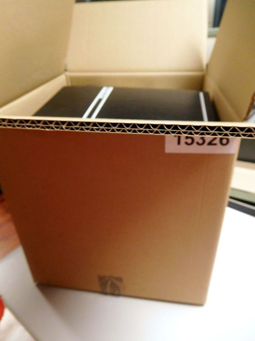 World - Treasure chest mainly Europe in a box weighing approx. 10.3 kilograms FDC's, doosjes, albums,  blokjes, etc.