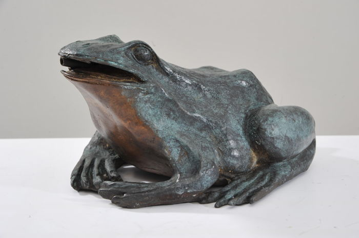 Small Fountain frog - Bronze - 20th century