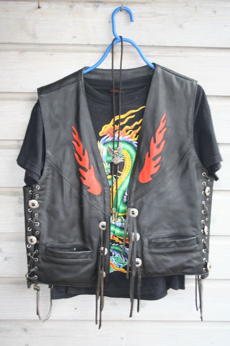 leather motorcycle jacket with T shirt and necklace - Cobra - 1980 (1 items)