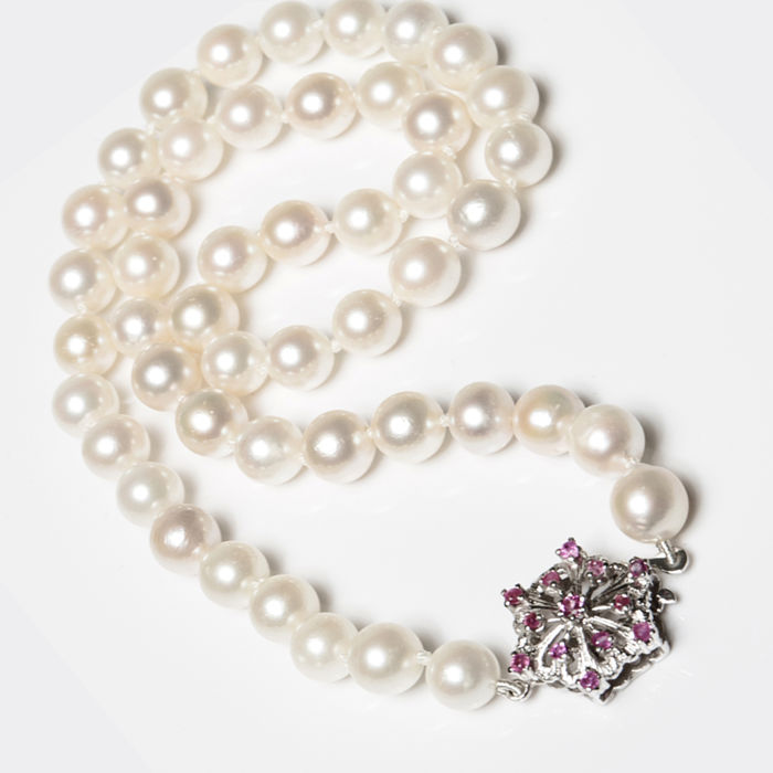 1-reihig - 18 kt. Akoya pearls, White gold - Necklace - 0.30 ct Ruby