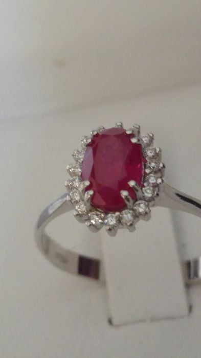 18 kt. White gold - Ring - 1.21 ct Ruby - Diamonds