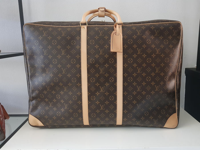 9b0bc767517d Louis Vuitton - Sirius 70 monogram canvas soft sided suitcase Travel ...