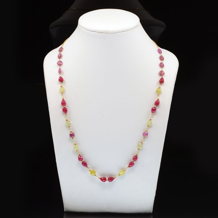 18 kt. Yellow gold - Necklace Sapphire