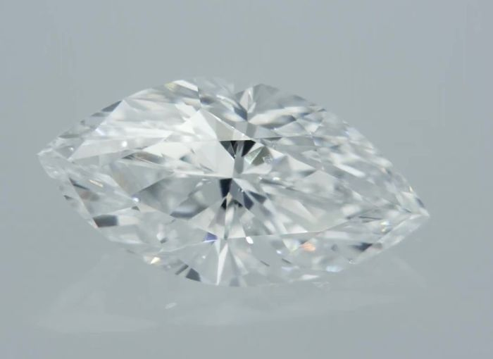 1 pcs Diamant - 0.92 ct - Markies - D (kleurloos) - VS1