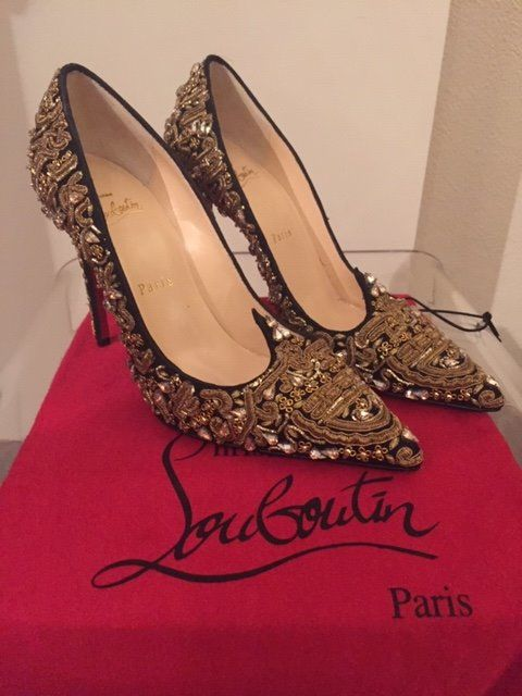 best service d1290 b3dc4 Christian Louboutin - shoes Sandals - Catawiki