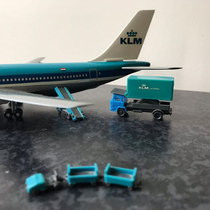 I M C  Modelworks - A model aircraft KLM Airbus A310 with