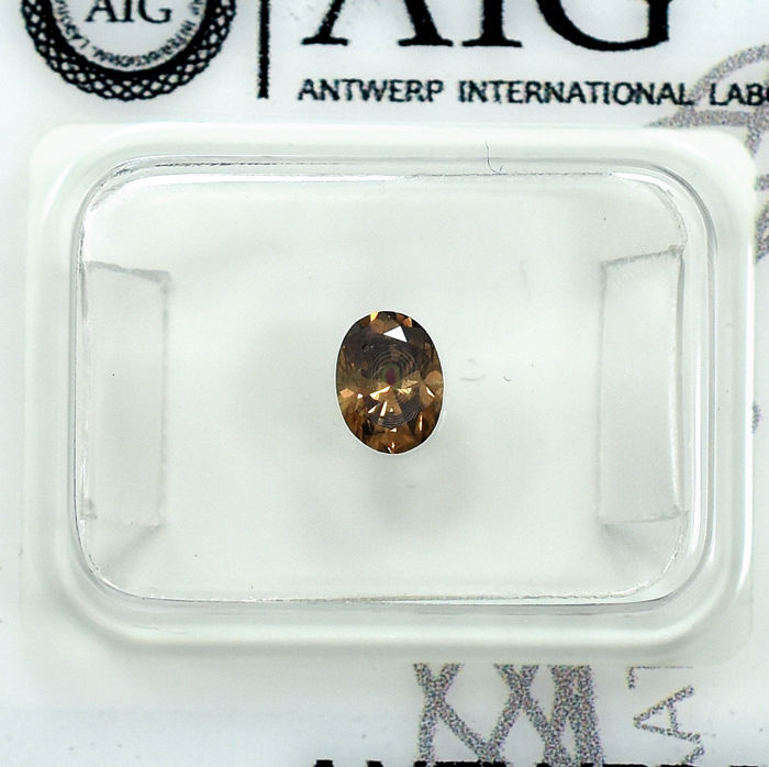 Diamant - 0.37 ct - Oval - Natural Fancy Intense Orangy Brown (Cognac) - Si2 - NO RESERVE PRICE