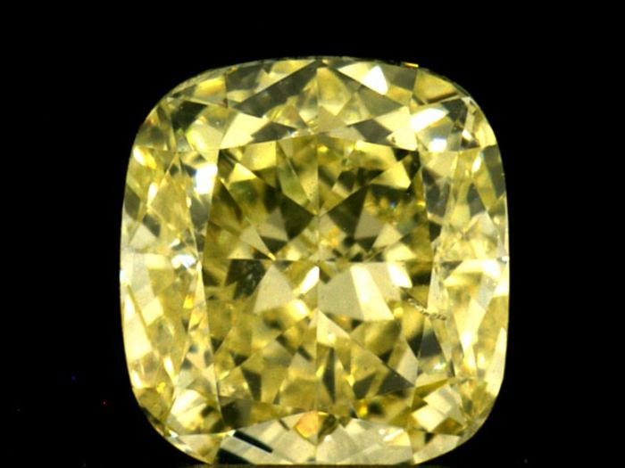 Diamond - 0.80 ct - Cushion - fancy yellow - VS2