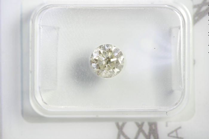 Diamond - 0.62 ct - Brilliant - I2