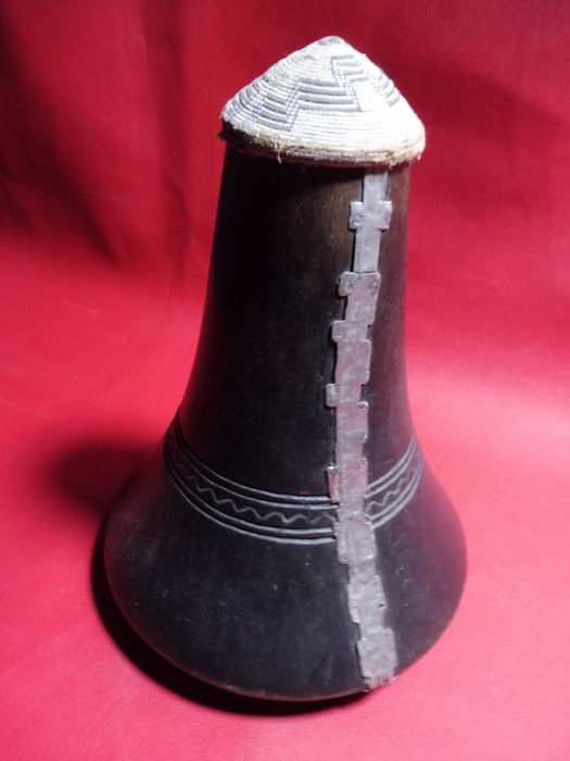 Milk pot - Wood - Hima - Uganda