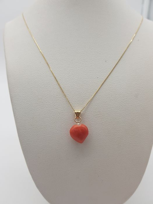 18 kt. Yellow gold - Necklace, Necklace with pendant Coral