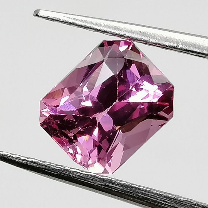 Spinel - 1.28 ct