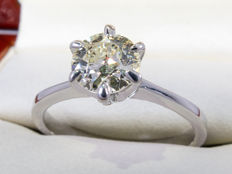 14 kt. Gold - 0.73ct - diamond solitary old brilliant cut ring.