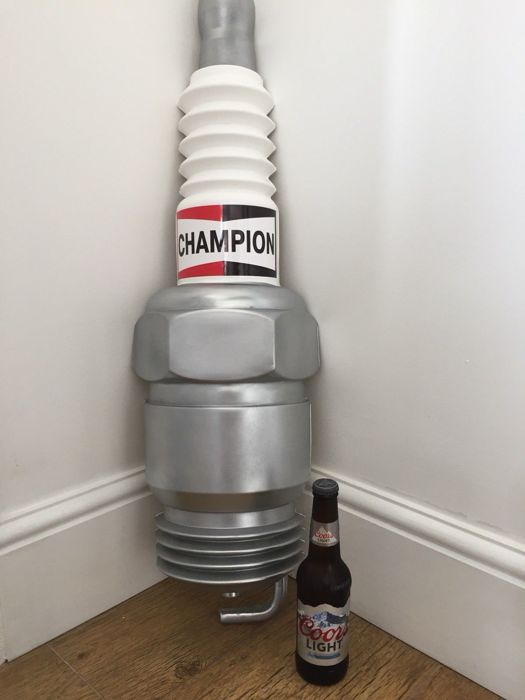 Signalisation - Champion - Genuine Large Champion Spark plug Wall Sign Advertising Garage Display Classic Car Dealership Art - 2000-2010