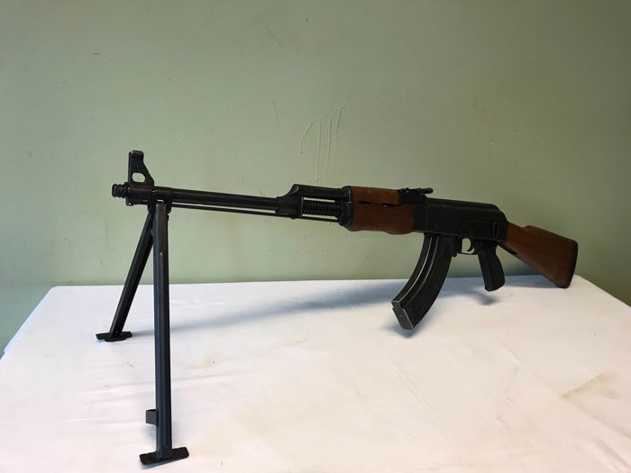 Joegoslavië - Zavodi Crvena Zastava - M72 B2 - Light Machine Gun - Fusil Machine Gun
