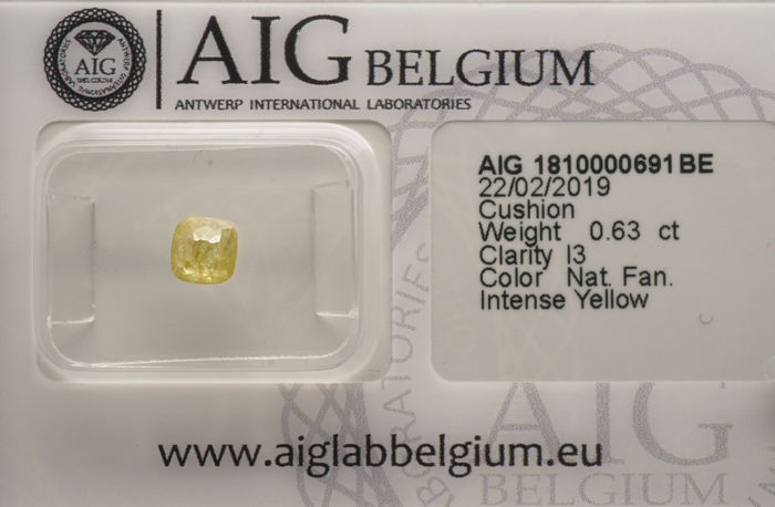 1 pcs Diamant - 0.63 ct - Kissenform - fancy intens yellow - I3- No reserve