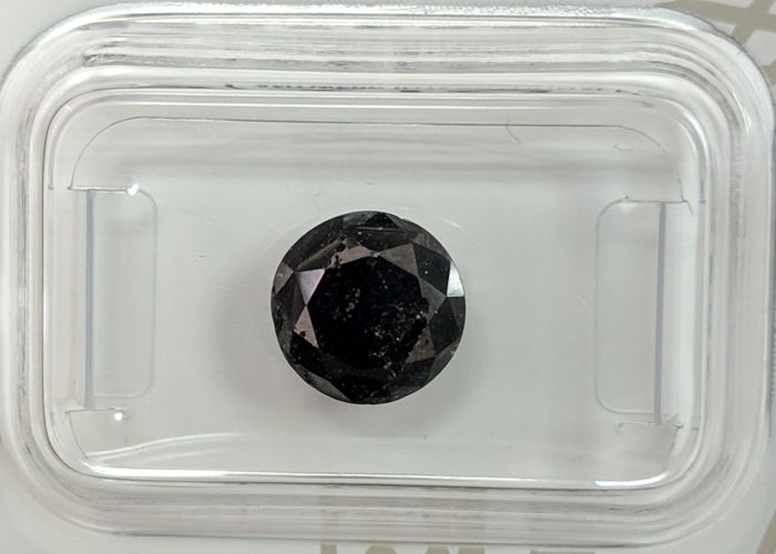 Diamond - 2.36 ct - Brilliant - Colour Treated - fancy black - No reserve Price