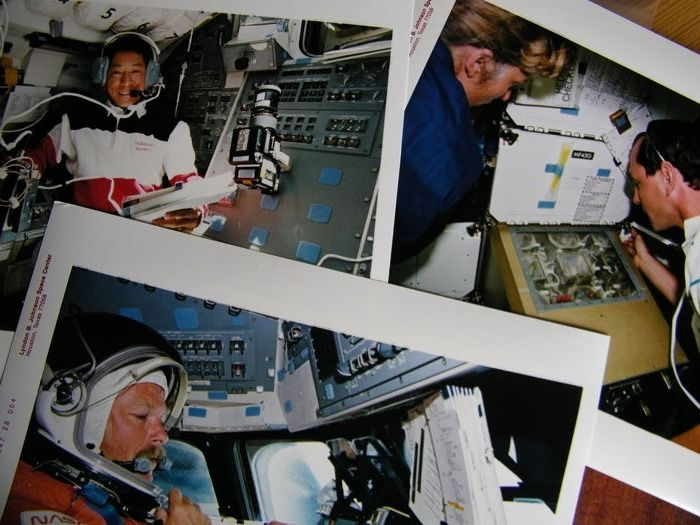 VS-Japan in de ruimte: Drie NASA foto's van ruimtevlucht STS-47 - Kodak Photo Paper