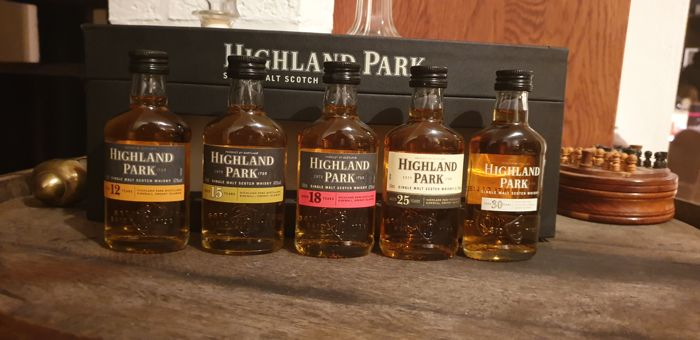 Highland Park 12 - 15 - 18 - 25 - 30 years old - 5cl - 5 flessen