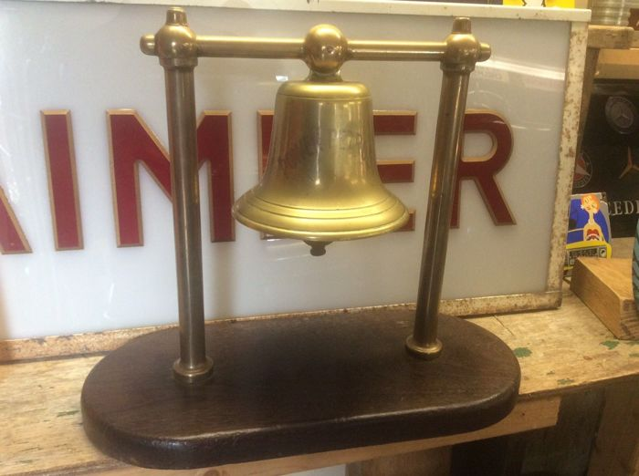 Decoratief object - Genuine Brass Power Petrol Counter Service Bell Petrol Station Vintage Garage Advertising Sign - 1940-1950 (1 items)
