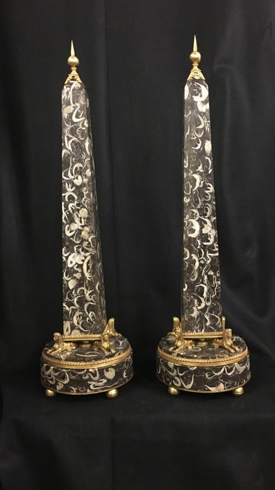 Pair of Obelisks - Neoclassical Style - Bronze (gilt), Marble - First half 20th century