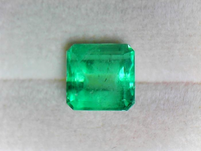 1 pcs  Szmaragd - 1.97 ct