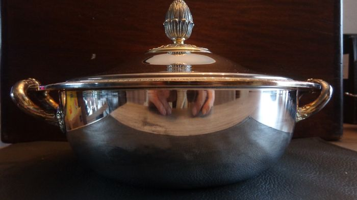 vegetable bowl (1) - Silverplate - christofle - France - mid 20th century