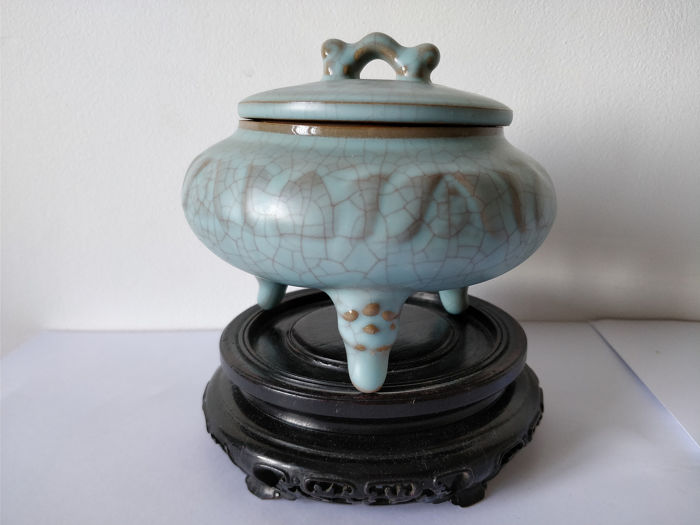 Censer - Ruyao - Porcelain - China - Second half 20th century