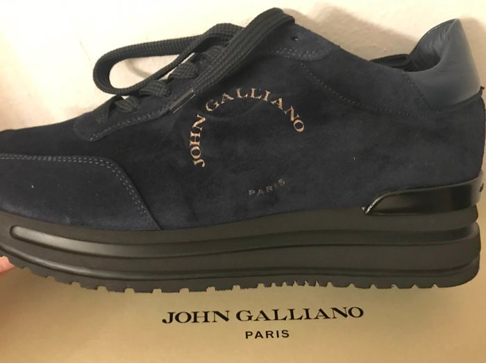 big sale 71afb cbea6 John Galliano Scarpe da ginnastica - Catawiki
