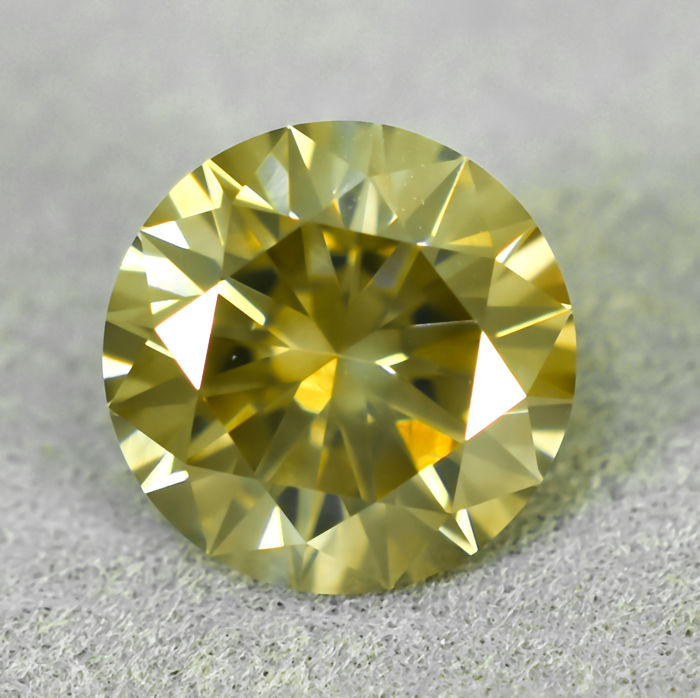 Diamante - 2.36 ct - Brillante - Natural Fancy Brownish Yellow - I1 - EXC/VG/VG
