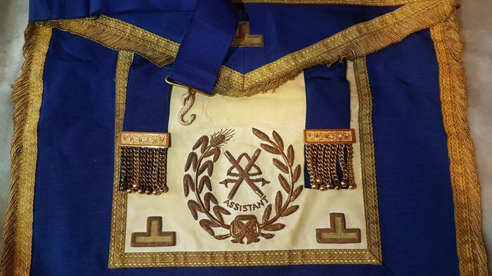 Work Many different vintage Masonic regalia (7) - Leather