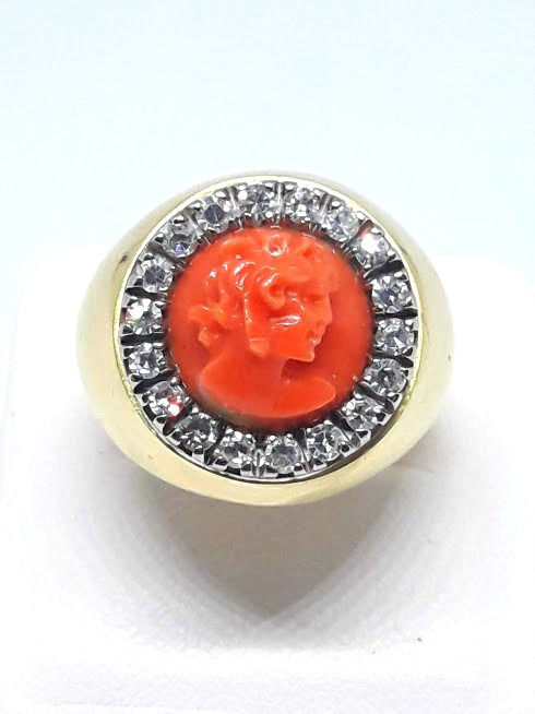 18 kt. Yellow gold - Ring - 0.60 ct Scalloped coral coral - Diamonds