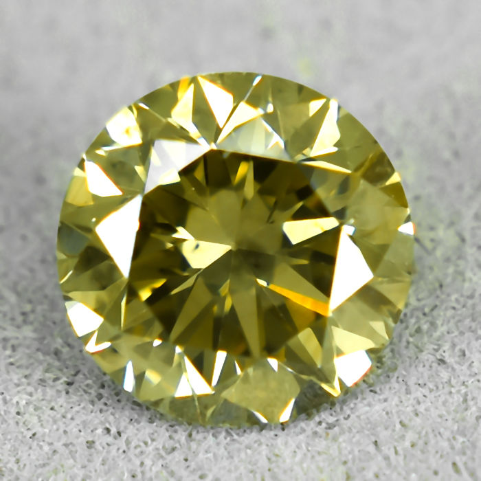 Diamond - 0.98 ct - Brilliant - Natural Fancy Brownish Yellow - Si2 - EXC/VG/VG