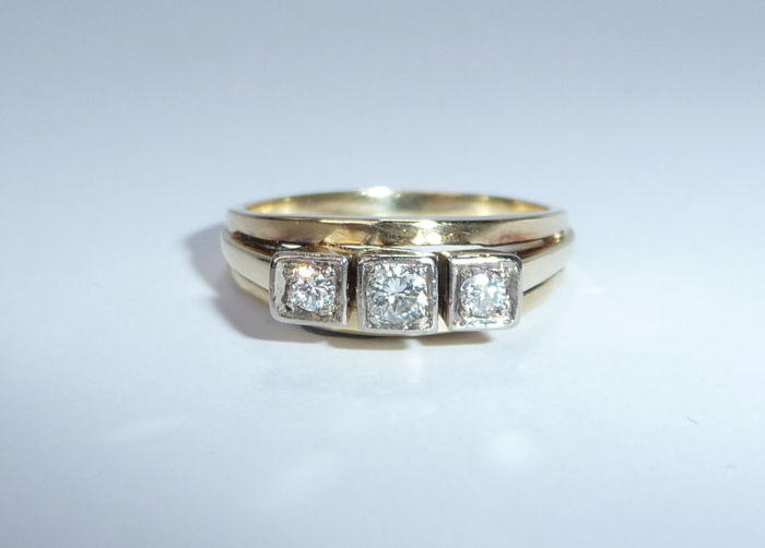 14 karaat Geel goud - Diamond Ring 3 diamanten: 0,20 ct.