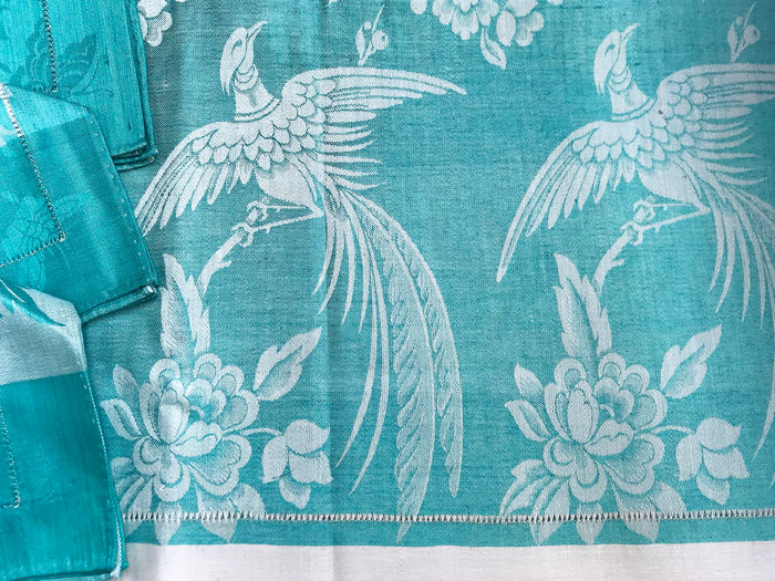 Linen linen with silk damask and napkins - Damask linen, beautiful print