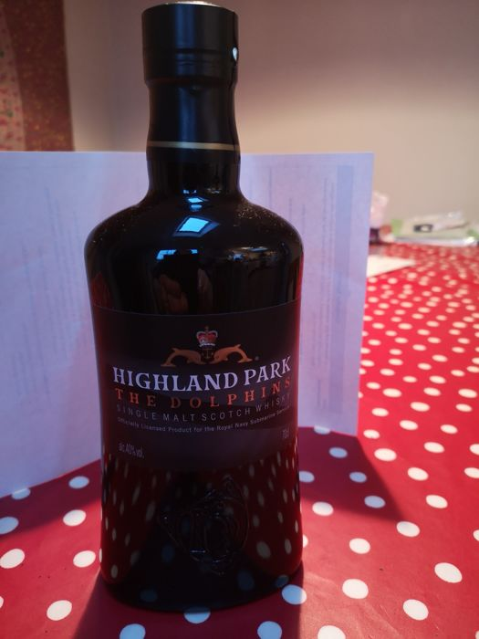 Highland Park The Dolphins 2018 Ltd Release of 5000 bottles - b. 2018 - 70cl