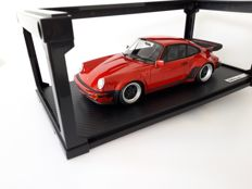 Ignition Model - 1:18 - Porsche 911 (930) Turbo - Rood - Meget høj kvalitet og finish niveau!
