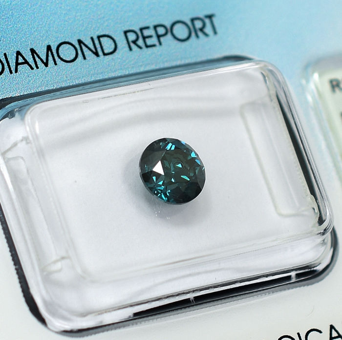 Diamond - 0.90 ct - Brilliant - Fancy Intense Blue - SI2