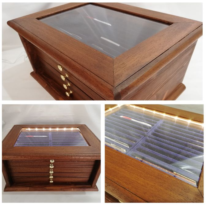Coins&More - Real wood cabinet with 100-seat LED light - Made by hand