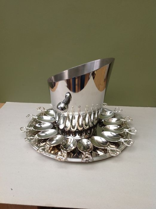 sublime appetizer set with wine cooler - Silverplate - Germany - 1950-1999