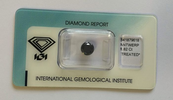 1 pcs Diamant - 1.82 ct - Briljant - Black - Piqué