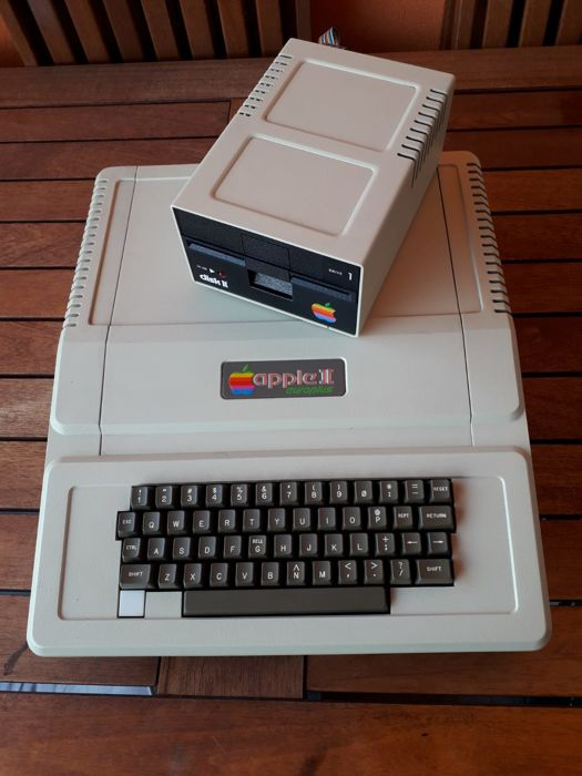 Apple - Apple II Europlus - Without original box