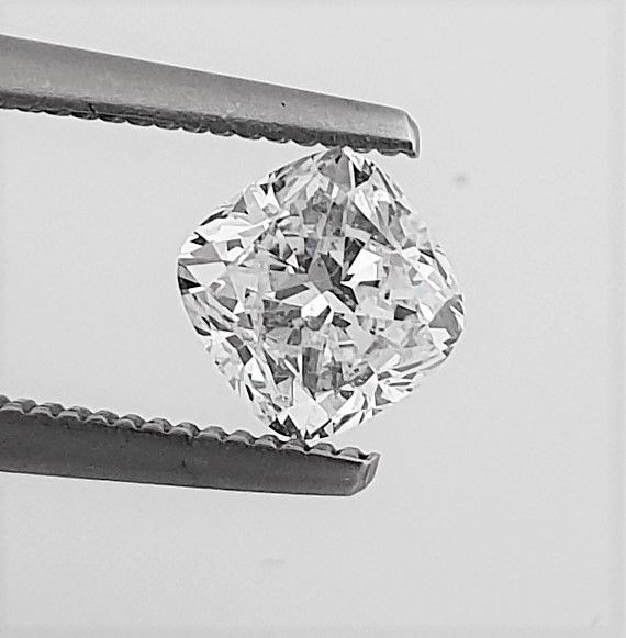 Diamond - 1.01 ct - Cushion - D (colourless) - Clarity Enhanced, VS1