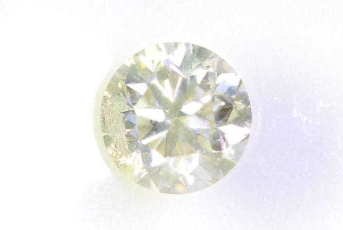 Diamond - 0.71 ct - Brilliant - * NO RESERVE PRICE *