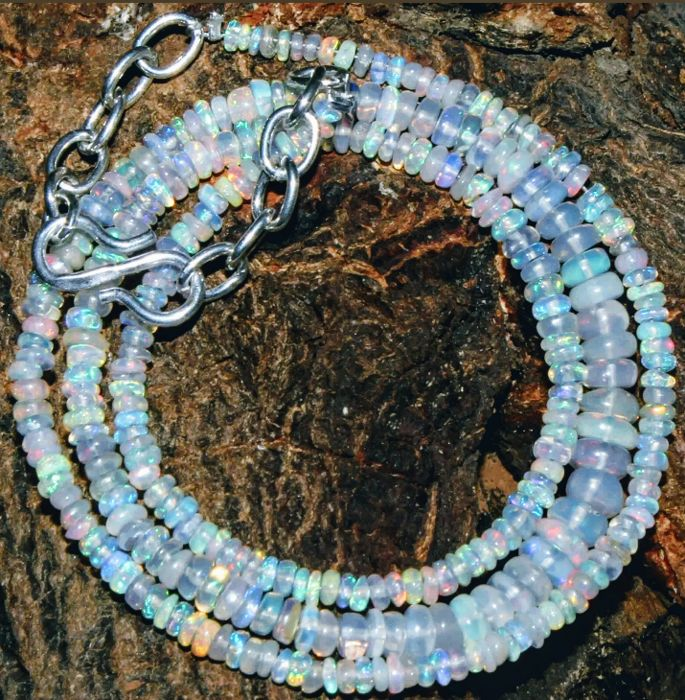 Welo Opal Necklace 32 ct, 925 Silver Clasp