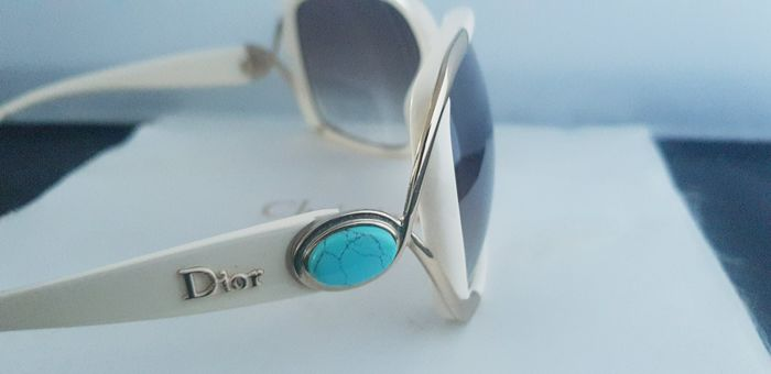 96f11ea569eb8 Christian Dior Sunglasses - Catawiki