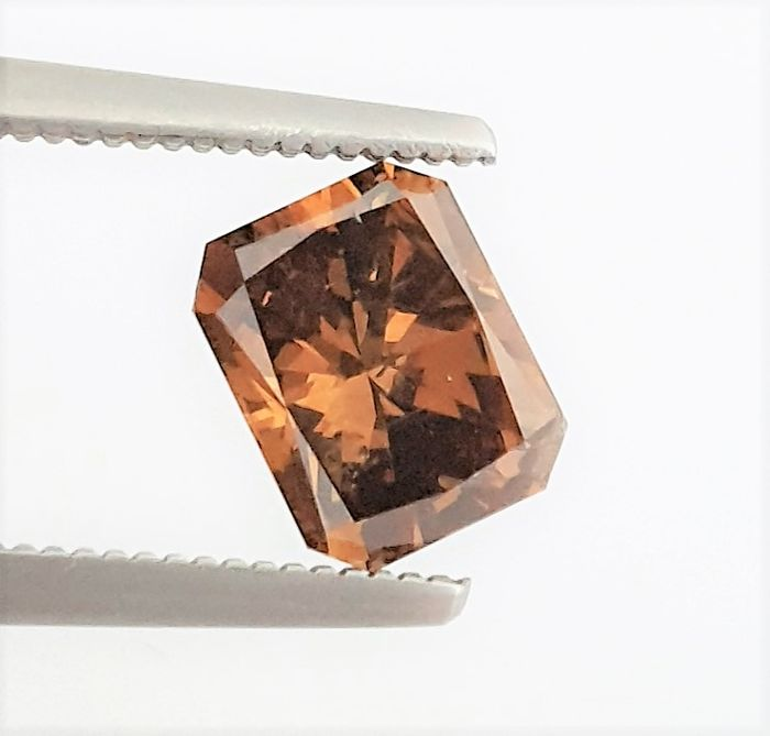 Diamant - 1.73 ct - Radiant - Natural Fancy Cognac - SI1